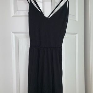 flow black dress